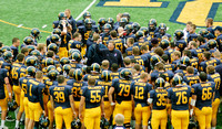 Grizzlies roar into Texas - Football team faces Mary Hardin-Baylor in national tournament