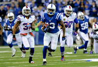 Hilton looms large in Colts' win - Indy bounces back from loss, stomps past Buffalo