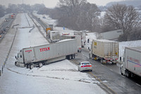 Accidents briefly close sections of interstate