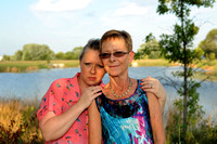 Fighting to survive - Mother, daughter worry about genetic risks